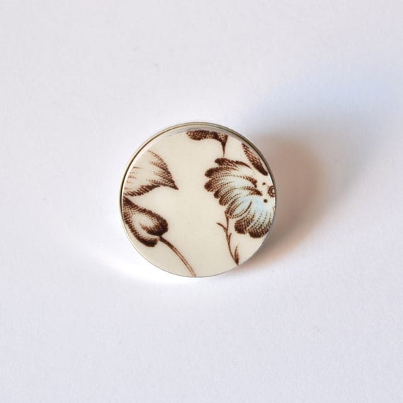 Recycled China Simple Circle Brooch - Blue Floral - Scarf Pin