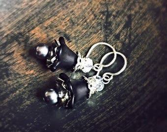 Black Lucite Flower Earrings, jet flower earrings, black earrings, lucite earrings, jewelry gift, flower earrings, lucite flower earrings