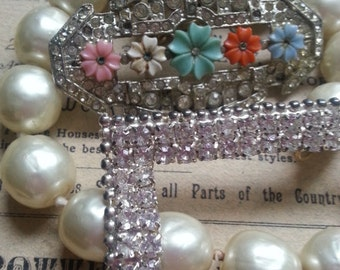 Repurpose Jewelry ... Shabby Brooch Rhinestones and Big Glass Pearls ... Jewelry Supply, Steampunk
