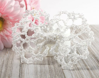 Wedding White Lace Hair Bow, Crochet Bowtie Bow for Girls, Women, Cottage Chic Hair Accessories