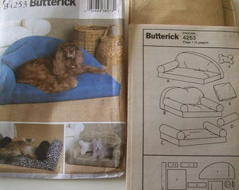 Butterick B4253 Sewing Pattern Pet Beds Pillows Dogs Cats New Uncut FF 3 Styles