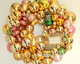 Shiny brite wreath, vintage ornament wreath, Kitschy Christmas decor, pink and gold, angel, vintage  collage wreath, pastel indent ornament