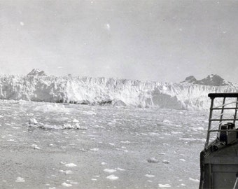 vintage photo 1940s RPPC Glacier Landscape Men From Boat