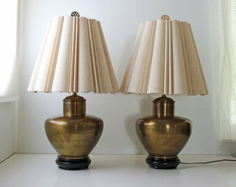 Pair of Asian brass metal ginger jar table lamps with original shades - Chinoiserie Hollywood Regency