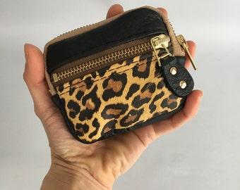 mini Leather wallet in black / cheetah
