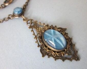 Vintage Deco Blue Star Sapphire Glass Pendant/Necklace