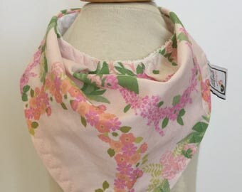 custom bandana bib ~ pink/coral floral wreatch~ drool bib ~ chic couture~ baby accessories ~ custom made bandana bib from lillybelle designs