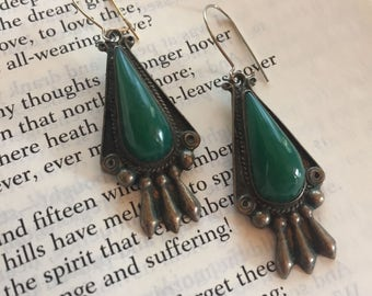 HANDCRAFTED Vintage DANGLE EARRINGS Mexican Silver Tone with Persian Green Teardrop Stone Metal Jewelry