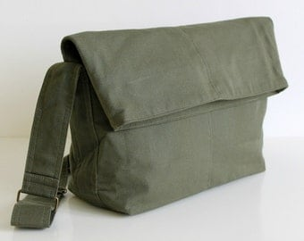 SAMPLE SALE - Minus maxi fold top messenger purse bag in olive