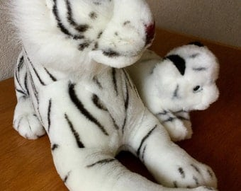 Vintage Busch Gardens White Tiger and Cub Lot of Two Excellent Condition