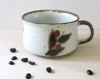Bittersweet. Vintage 1970s stoneware soup mug.