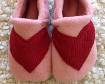 Red Heart Fleece Slippers with Grip Tight Soles (6.5 inch soles/shoe sizes 8.5 to 9.5 kids). Free shipping.