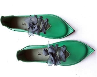UK 7, Handmade Womens Leather Fairytale Shoes, QUEENIE #3240 emerald