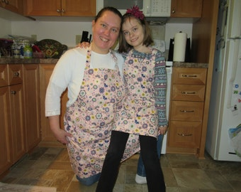 Mommy and Me - Aprons for Women - Butterflies Flowers and Feathers