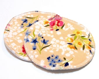 "4.5"" Reusable Cloth Nursing Pad Set in Bamboo/Organic Cotton with heavy fleece in Cotton Flannel - Cream Floral"