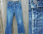 "Vintage Levi's Jeans //  Vtg Levis 70s Levis 646 Distressed Indigo Denim Flares //  32"" waist"