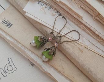 Sale Secret garden, green flower earrings.