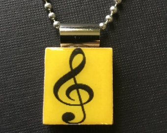 Musical treble clef pendant, music-themed jewelry, musical necklace, gift for music lovers, treble clef pendant, handmade musical jewelry