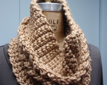 Cable Cowl Bulky Crochet in Camel, Beige