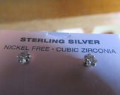 Tiny sterling post