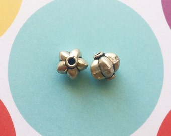 5 Bali Sterling Silver Beads, Puff, Antiqued, .925, 8mm x 8mm