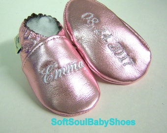 Baptism gift -gold leather baby shoes -rose gold girl or boy leather gold shoes -leather baptism shoes, infant baptism booties