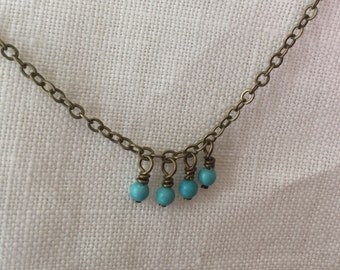 simple chain with tiny dangles - turquoise