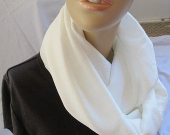 SALE - White Textured Cowl (5568)