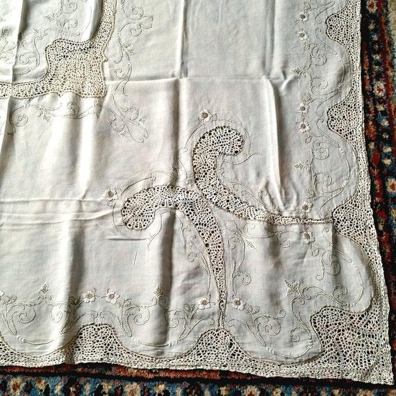 Idrian lace