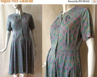 MOVING 4 GRADSCHOOL SALE Late 1950's / early 1960's crystal button front dress, short sleeves & high round neckline, green, light blue, purp
