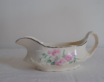 Vintage Gravy Boat by Homer Laughlin 1973