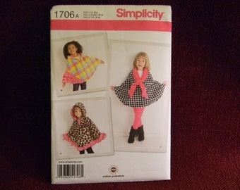 Uncut Simplicity Pattern 1706 Fleece Capes For Little Girls