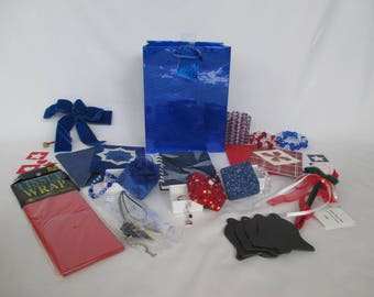 Americana Gift Bag Set: Includes bow, tissue paper, pen, stationery, jewelry, napkin rings, candle holder, chalkboard tags, origami boxes