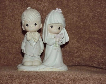 "Vintage--1979--Precious Moments--Bride & Groom--Figurine--The Lord Bless You And Keep You--5-1/2"" High"