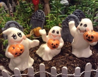 3 Ghost with pumpkin ceramic pottery statue fall Halloween decor miniature fairy garden statues