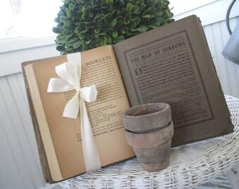 Antique Book * c1900 * Little Journeys * Great Lovers
