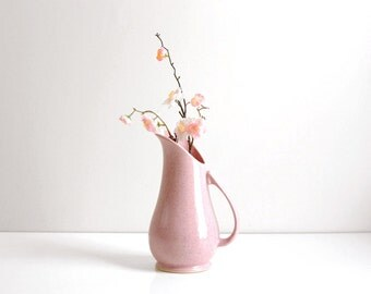 Mid Century Modern Pink Ceramic Brush McCoy Vase / Vintage Pink Brush McCoy Pitcher / Speckled Pink Brush McCoy 932 Vase