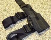 LEFT HANDED - Tactical Thigh Holster for Glock 17 - Similar to Spectre or Blackhawk Omega holster
