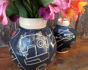 Sewing Love Vase / Seamstress gift / Gift for Tailor