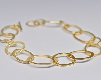 Oval Gold Link Bracelet