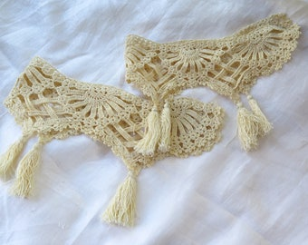 Vintage Crocheted Lace Collar/Trim 2 Pieces with Tassels in Golden Ivory Crochet
