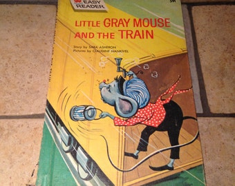 1964  Little Gray Mouse and the Train Children's Wonder Book Easy Reader