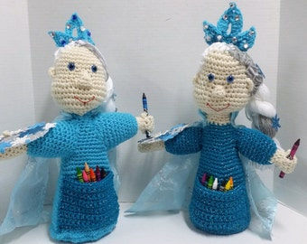 Crayon Doll/Princess Doll/Crayon Holder/Snowflake Princess/Crocheted/Girl Gift/Winter Theme/Artist/Party Decoration/Party Favors/Amigurumi