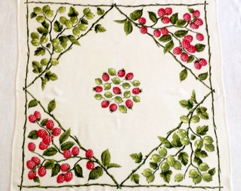 Small Dunmoy Tablecloth Raspberries Nuts All Rayon Made in Ireland