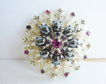 Vintage  gold flower brooch with  pink rhinestones and black pearl accents (G3)
