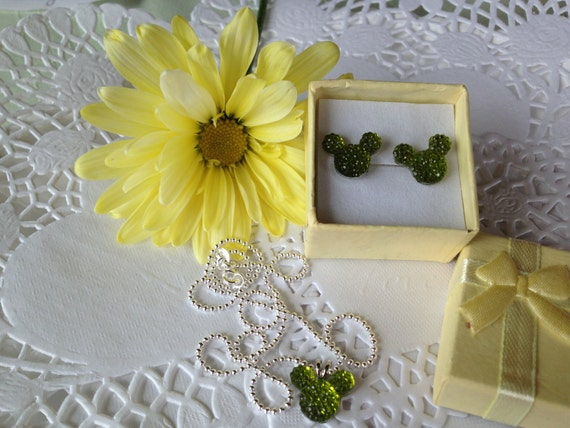 MOUSE EARS Necklace and Earrings Set for Themed Wedding Party in Dazzling Lime Green Acrylic