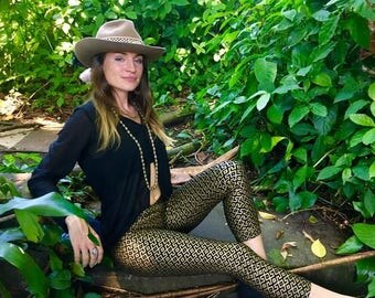 Amazonia Leggings - Black and Gold