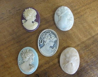 Handcrafted and Handpainted Resin Cameos (5)