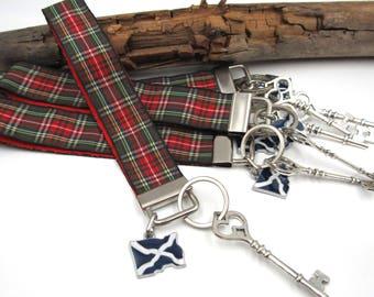 NEW Dark Green Red Tartan Wrist Lanyard - Keychain - Dangling Scottish Flag & Skeleton Key