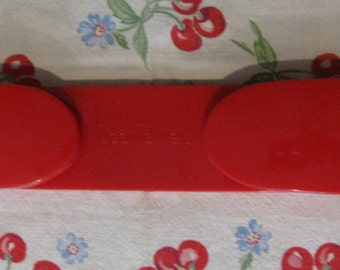 Vintage RED Scot Towels Heavy Plastic Paper Towel Roll Holder Dispenser Cabin Trailer Airstream Decor